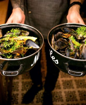 MUSSELS POT IN BELGIAN STYLE FOR TWO PERSONS FROM «GASTROBAR»
