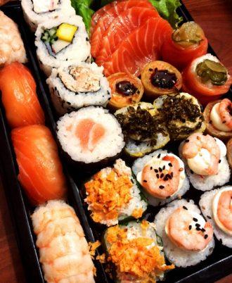 dish-meal-food-cuisine-asian-food-sushi-625297-pxhere-com